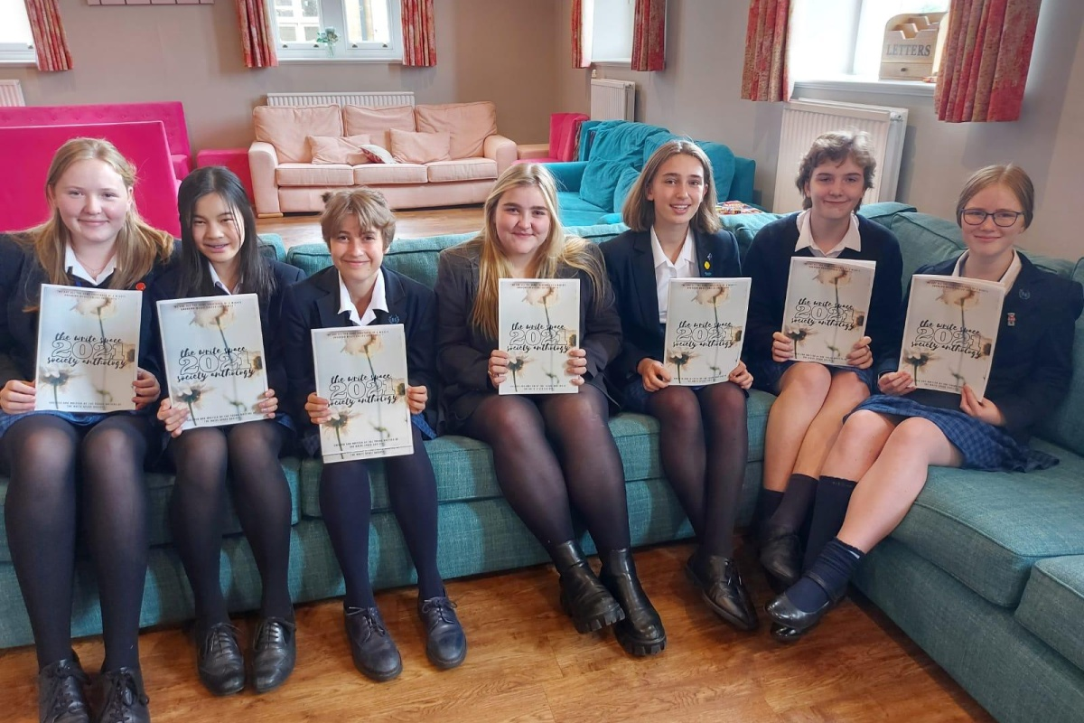 Rhs write space anthology launch6